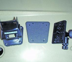 An adapter plate easily marries up the Humminbird to the mounting system.