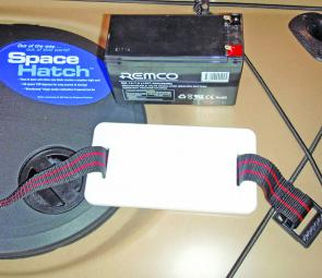 A sealed 7 Amp battery and purpose made tray are perfect for powering up a fish finder in a kayak.