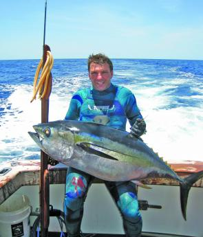 Rob Torelli with his World Record big eye tuna and a Riffe Blue Water speargun.