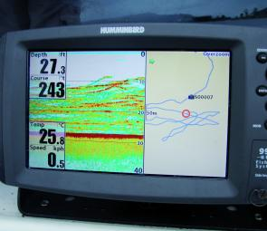 With the Fish ID turned to off, bass show as long lines when the boat sits stationary over a school.