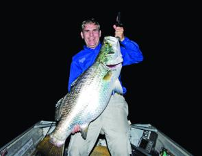 This 110 cm fish of the author's was hooked on dusk in Monduran Dam, netted 25 minutes later, and then released.