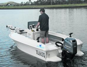 The Jackaroo 445, with Scott at the helm, shows off its attractive lines.