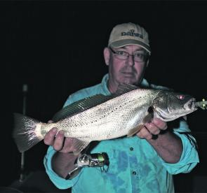 School jew are common in the estuary of an evening and are great sport on light tackle.