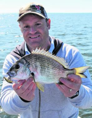 Fishing hardbody lures in deeper waters when the sun is high is a great way to target bream schools.