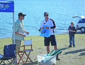 Winner Glyn Barkhuisen took out the competition and the Big Bass prize with an impressive 1.875kg bass.