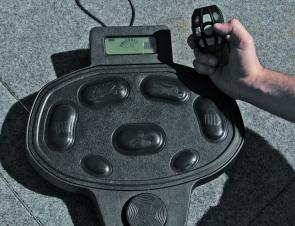 With a choice of using a foot control or a hand held control, users are always in a position to use the unit.