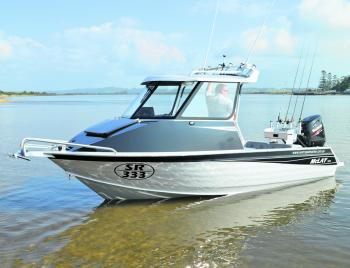 The McLay 591 Hardtop is an impressive looking vessel.