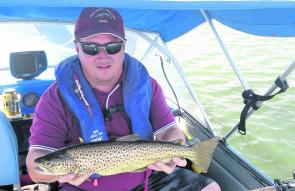 Craig Hon with a 3lb brown trout caught on mudeye suspended under a bubble float at Lake Fyans. Photo courtesy Craig Hon.