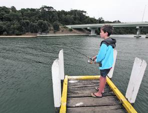 There are heaps of land-based fishing spots around Lakes Entrance, and many are within an easy walk of Lazy Acre Log Cabins.