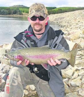 This rainbow trout took a lipless crankbait in a Central Tablelands dam.
