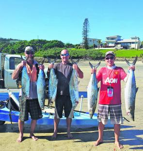 Alan, Wayne and Glen with a typical bag of spotty mackerel for the kayakers at Arrawarra this season.