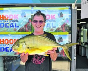 John Mitchell won this weeks $50 Davo's Fish of the Week prize with some thumper whiting and this 3kg golden trevally.