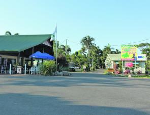 Restaurant on the left, main entrance to the right, the entry to the Beachcomber Coconut Caravan Village is hard to miss!