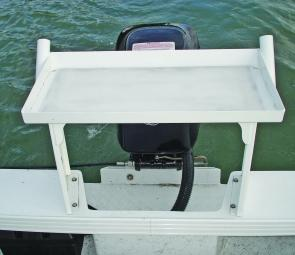 The bolt on bait board sits over the motor and is basic yet functional with a raised lip to stop blood and guts spilling onto the floor or motor and two large diameter drain holes to prevent clogging.