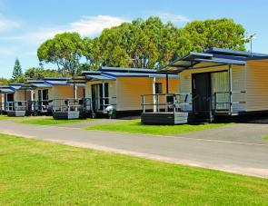 Ballina Beach Village's deluxe cabins really pamper visitors.
