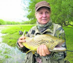 New Zealand's South Island is a brown trout heaven. Denise took this 60cm fish on a dry fly.