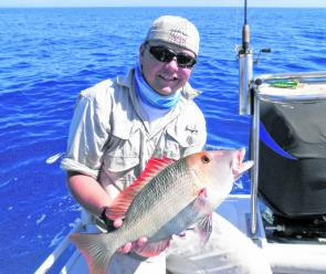 Jimmy Falkenberg with a red throat emperor from Trunk Reef.