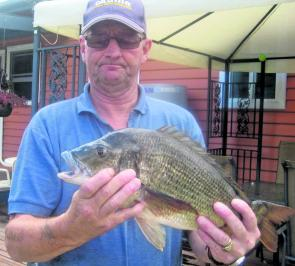 Local Kevin Gillard shows that local knowledge is very helpful with the local bream population.