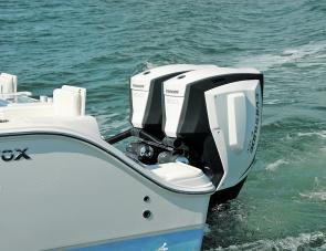 The top power 300 E-Tecs perfectly matched the Commander's brilliant hull design to produce some thrilling performance.