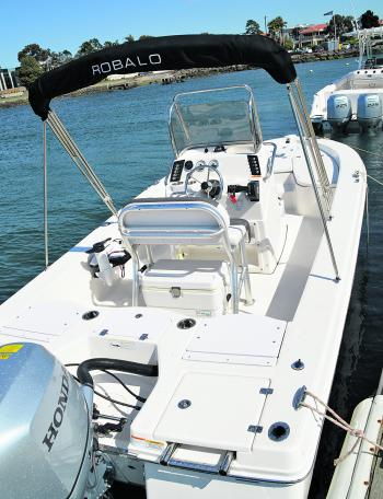 The deck layout seems simple and flat, but there's a place for everything in this boat and the rig is self-draining – a feature of all Robalo craft.