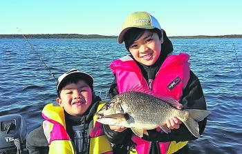 These two happy anglers enjoyed the big bream that Bemm River can dish up at this time of year.