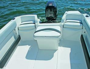 With the movable icebox/seat and the corner seats in place, plenty of seating for a fun family day on the water.