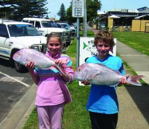 Cody and Telita Davis are just two of the many anglers to have caught good snapper from the Lee Breakwater.
