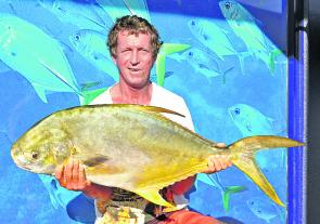 Greg 'Rooster' Friend tempted this 11kg snub-nosed dart with a pipi on the Noosa North Shore.
