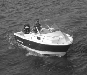 The walkaround is ideal, with a wide walkway and high bowrail offering excellent security.