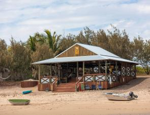 The Island Bar is the first thing you see as you step off The Schooner. Hardly a better way to start a stay.