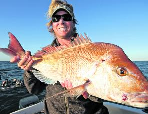 David Higginbotham holds up a nice snapper from Mt Martha. (2009 season)
