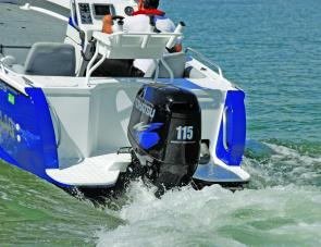 Twin boarding platforms astern make the 5100 TABS Territory Pro suitable for divers' use.