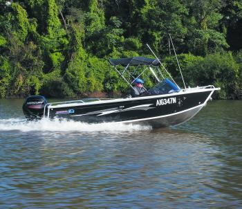 The deep-sided 535R Discovery would be an ideal boat for two anglers fishing offshore or in the estuaries. Around 16 knots was no effort for the Mercury 2-stroke 75hp ELPTO outboard, but if you want more power you can upgrade to 100hp.