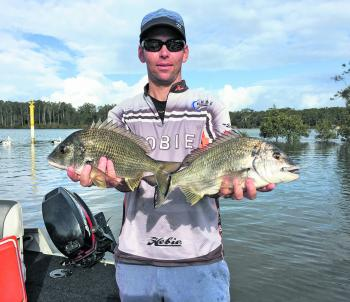 Dale Johnson with the two fish that won him round 2 of the Bream Skinz comp in Nambucca River.