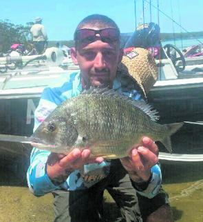 Bob Josevski with his 1.850kg Big Bream – not bad for his first ever bream tournament.