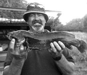 Ross Spokes with his 52cm river blackfish.