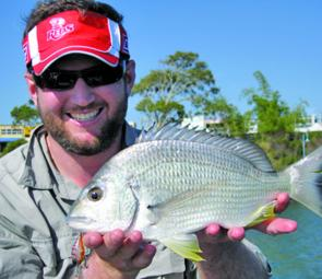 A nice bream by Jordan Bennie while cranking a Deep Jackall Chubby.