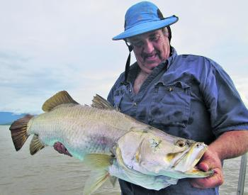 Chris with a nice 94cm barra caught on a shallow hardbody lure.