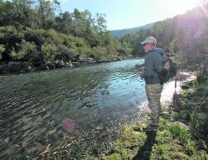 This is the Mitta Mitta River. Large deep rivers like this are ideal for float fishing, especially during the warmer months with live mudeyes. The cunning trout that have seen too many lures will often take a live mudeye if it is presented naturally.
