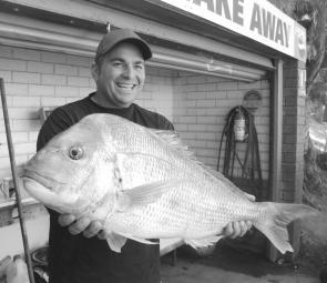 This was Frank Bizouard's first snapper of the season – a ripper of 7.3kg (photo: Trevor and Lynette Hogan).