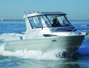 Designed as a serious fishing boat, the Xtreme 665 Hard Top makes for comfortable fishing in rough or cold conditions, especially if you plan to do overnight or weekend trips in the boat.