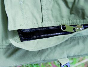 Strong top quality zippers are featured on the Mitchell swag.