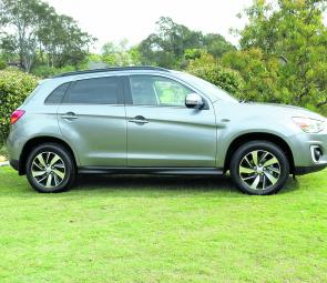 The17-inch alloy wheels Dunlop Sport rubber are just part of the new 2015 ASX's identity.