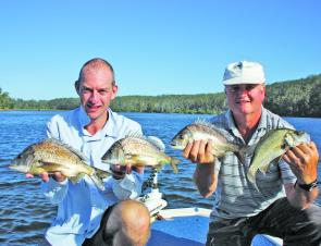 The boys with some nice bream and an EP taken on hardbodies. All fish were released.