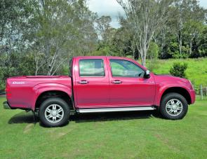 The Isuzu D-Max doesn't feature radical styling: It presents as a business-like ute with side steps and stylish wheels.