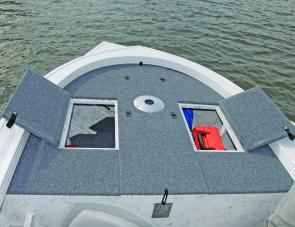 Forward storage compartments on the Viper have a fore/aft live well between them.