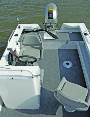 The Viper's layout is practical and functional making the craft idea for sport fishing or family fishing trips.