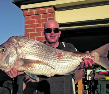 Methers with every bit of his 20lb top end snapper.