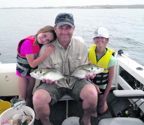 Aaron and the girls had a great time catching bream and trevally in Botany Bay.