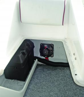 The base of the seat lifts out for excellent access to the stern when fishing.